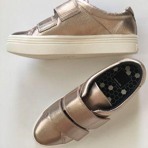 NEW Dolce Vita Metallic Rose Gold Platform Sneaker